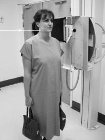 حمل الأوزان لكي ينخفض مستوى الكتفيين عن عظام الرقبة